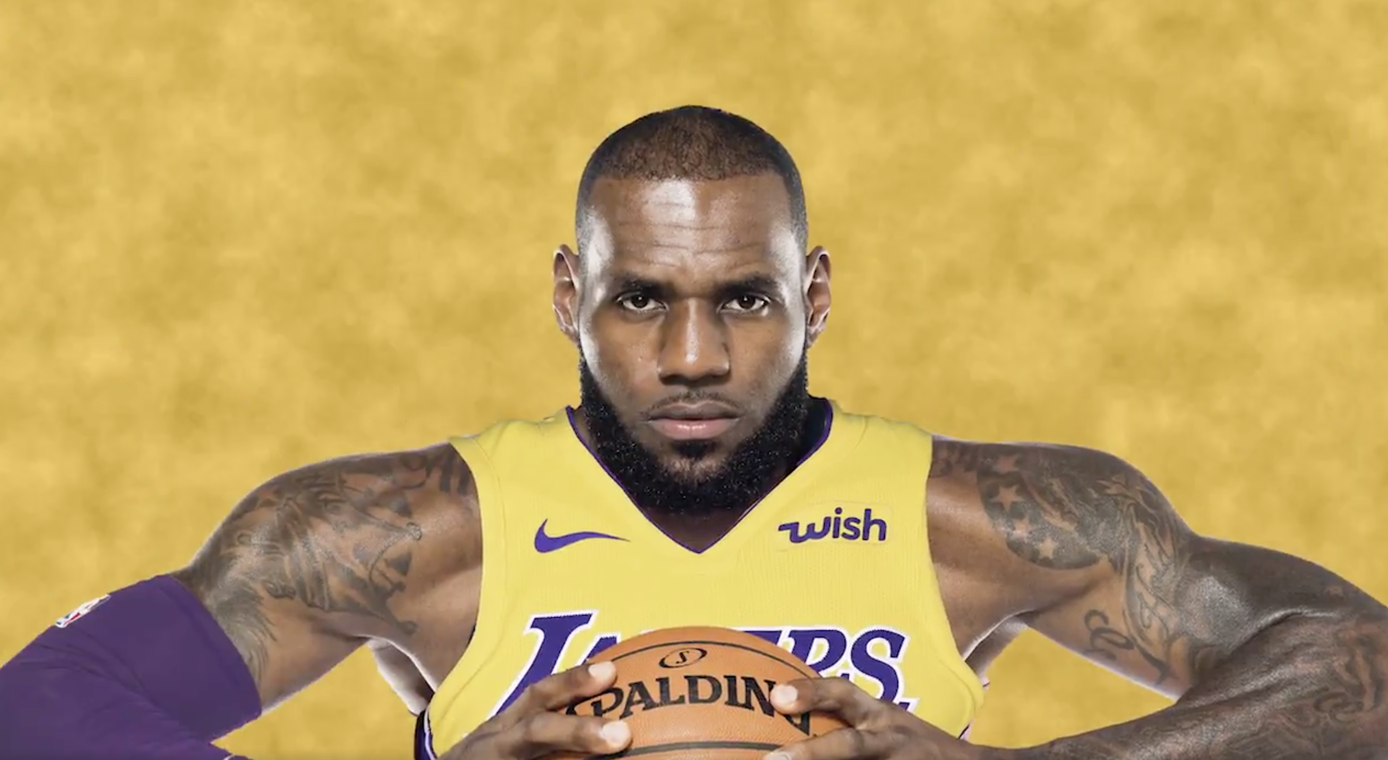 4b6fca1c3cd1 LeBron s story will only get bigger in LA